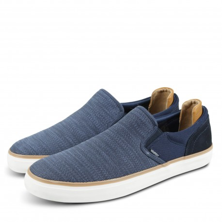 ICON SLIP ON KNITTED
