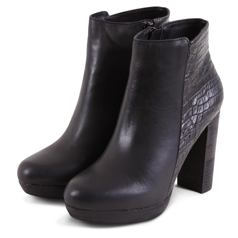 NANO ANKLE BOOT